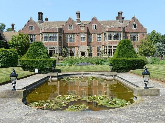 Rebuilt in 1911 in the style of Chequers, Putteridge Bury had been rebuilt several times since the Domesday Book in 1086 - when it was the manor of Lilley and had enough woodland for 40 hogs. Today, it is part of the University of Bedfordshire and a popular wedding venue.