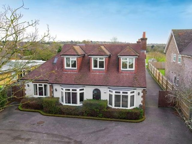 This impressive house in the popular village of Renhold is our Property of the Week