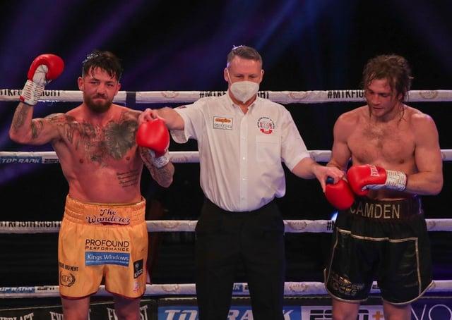 Jordan Reynolds celebrates his victory against Robbie Chapman - pic: MTK Global