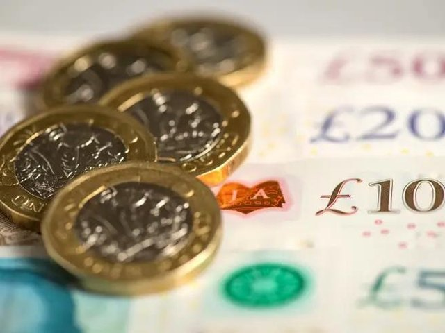 Nearly a quarter of people in Luton will struggle to save over the next 12 months, new figures suggest    (stock image)