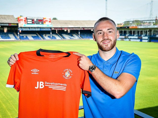 New Luton signing Allan Campbell