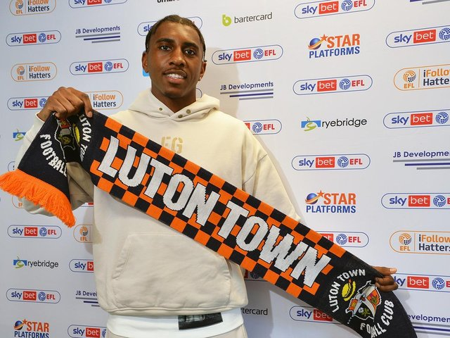 Town's new signing Amari'i Bell