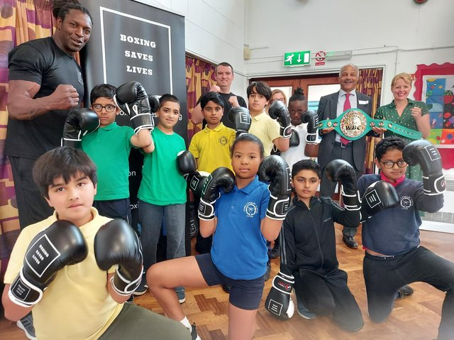 Children at Icknield Primary School learn life skills with Boxing Saves Lives