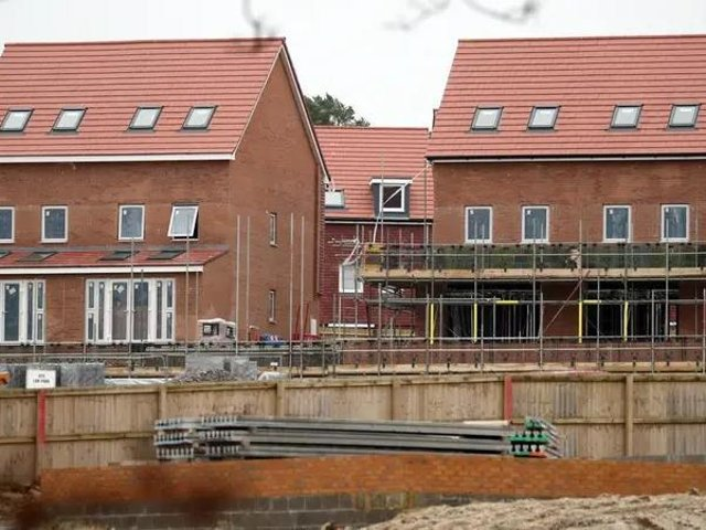 Building new homes accelerated in Luton at the start of the year